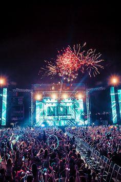 night concert fireworks