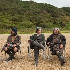 Here's a new BTS pic of Finn den Hertog, Grant O'Rourke and Stephen Walters Source: Outlander-Starz