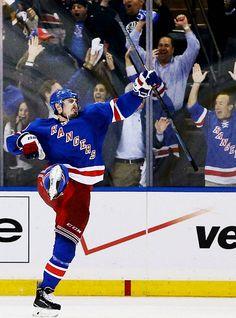 Chris Kreider • New York Rangers • Source: Tumblr/mcquaiding
