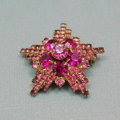 Pink Rhinestone Star Brooch Lapel Pin Small by emmjeyessvintage, $20.00