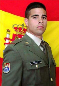 LA VOZ DE LA DEMOCRACIA: Repatrían a España los restos mortales del militar...