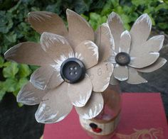 Make these simple and gorgeous Recycled DIY Paper Flowers!
