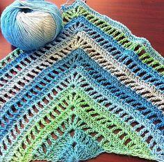 New Crochet Shawl Pattern Free Easy Stitches Ideas Crochet Motifs, Diy Crochet, Crochet Crafts, Crochet Stitches, Crochet Baby, Crochet Projects, Crochet Patterns, Diy Crafts, Crochet Shawls And Wraps