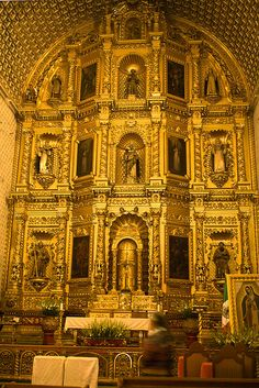 The Church and former monastery of Santo Domingo de Guzmán is a Baroque ecclesiastical building complex in Oaxaca, Oaxaca, Mexico.  Its highly decorated interior includes use of more than 60,000 sheets of 23.5-karat gold leaf.  by terriSpath