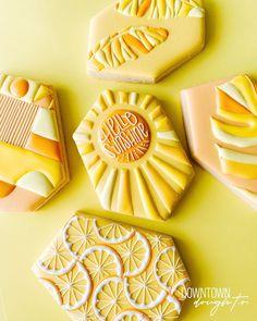 Sugar Cookie Royal Icing, Lemon Sugar Cookies, Iced Cookies, Crazy Cookies, Cute Cookies, Onesie Cookies, Sunshine Cookies, Cookies Decorados, Summer Cookies