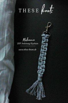 Yarn Crafts, Diy And Crafts, Macrame Hanging Chair, Textiles, Diy Keychain, Boho Diy, Macrame Patterns, Micro Macrame, You Are My Sunshine