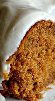 Pumpkin Spice Buttermilk Cake with Cinnamon Cream Cheese Frosting Pumpkin Recipes, Fall Recipes, Sweet Recipes, Thanksgiving Recipes, Simple Recipes, Summer Recipes, Fall Desserts, Just Desserts, Dessert Recipes