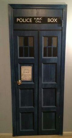 Instructions for creating your own Tardis door