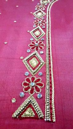 Cutwork Blouse Designs, Embroidery Neck Designs, Simple Blouse Designs, Embroidery Flowers Pattern, Bridal Blouse Designs, Embroidery On Clothes, Hand Work Embroidery, Simple Embroidery, Chudi Neck Designs