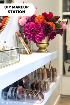 DIY Makeup Table - Make up organisation and DIY instructions Craft Closet Organization, Garage Organisation, Kitchen Organization Pantry, Organisation Ideas, Storage Ideas, Luminizer, Cute Makeup Vanity, Makeup Desk, Home Design