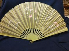 Lovely antique hand painted silk ladies fan