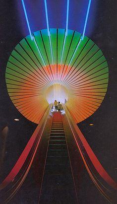 Vintage colorful. Detroit Science Center, 1979.