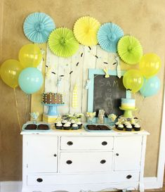 Little Man 1st Birthday Party by Lauren Kapeluck  |  TheCakeBlog.com