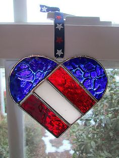 STAINED GLASS RED WHITE BLUE PATRIOTIC FLAG HEART SUNCATCER FOR VALENTINES DAY