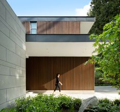 Gallery of Elm Street Residence / James K.M. Cheng Architects - 1