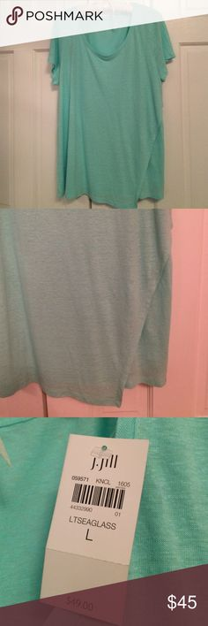 """Pretty Green and Cool J.Jill top An asymmetric front overlay gives the soft linen-blend tee the look of a wrap. M 27½"""", P 26"""", W 29"""", T 29"""" Short sleeves 55% linen and 45% rayon knit J. Jill Tops Tees - Short Sleeve"""
