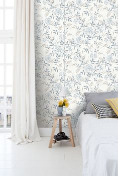 Cool 44 Perfect Bedroom Wallpaper Decoration Ideas For Your Bedroom. wallpaper 44 Perfect Bedroom Wallpaper Decoration Ideas For Your Bedroom Modern Luxury Bedroom, Luxurious Bedrooms, Wallpaper Decor, Home Wallpaper, Kids Bedroom Wallpaper, Interior Wallpaper, Room Interior, Interior Design Living Room, Bedroom Minimalist
