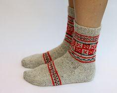 hand knit socks by happylaika-more Fair Isle style. Cute band across foot idea. Knit Mittens, Knitting Socks, Hand Knitting, Knit Socks, Yarn Inspiration, Fair Isle Knitting, Knitting Accessories, Hand Warmers, My Socks