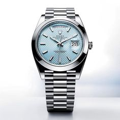 For the uninitiated, platinum can be difficult to recognise. But for those in the know, the ice blue dial is the discreet and exclusive signature of a Rolex platinum watch.