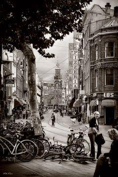 The streets of Amsterdam II by Viktor Korostynski, via 500px