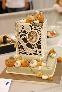 Cute Fall Cake