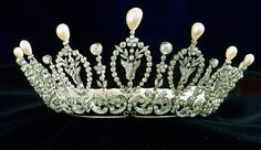 Platinum, diamond, and pearl diadem by Ansorena, circa 1925.