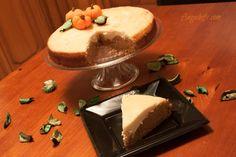 Tarta de Calabaza con Crema de Queso! Como llega Halloween lo suyo es hacer una Tarta de Calabaza.  Os la recomiendo, está riquísima!