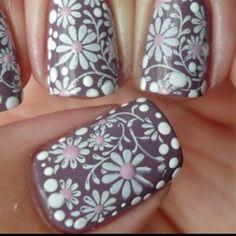 Flower nail art!