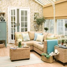 Conservatories | Conservatory decorating ideas | PHOTO GALLERY | Housetohome.co.ukWallpaper on house wall?
