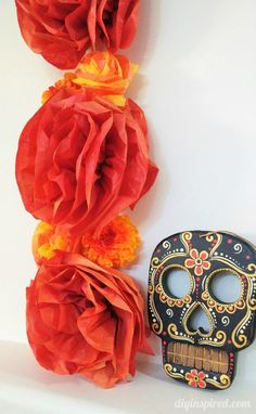 Celebrating the Dia de los Muertos Holiday and How to Make a Day of the Dead Altar - Plus how to make tissue paper flowers Mason Jar Crafts, Mason Jar Diy, Crafts To Make And Sell Unique, Popular Crafts, Diy Wedding Bouquet, Tissue Paper Flowers, Paper Flower Tutorial, Dollar Store Crafts, Day Of The Dead