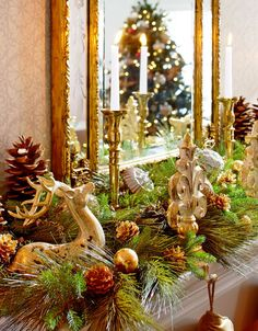 DIY Christmas Decorations - DIY Christmas Decor, DIY Holiday Decor, Homemade Ornaments and Handmade Stockings, Tree Decorating Ideas, Christmas Crafts & Decorating Ideas for Christmas and the Holiday Season. Happy Holidays and Merry Christmas! Fireplace Mantel Christmas Decorations, Decoration Christmas, Christmas Mantels, Christmas Holidays, Christmas Wreaths, Holiday Decorating, Decorating Ideas, Mantle Decorating, Mantel Ideas