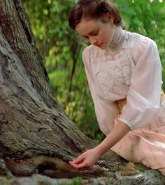 Alexis Bledel (Winifred 'Winnie' Foster) - Tuck Everlasting directed by Jay Russell Edwardian Era, Edwardian Fashion, Vintage Fashion, Cabelo Rory Gilmore, Picnic At Hanging Rock, Tuck Everlasting, Alexis Bledel, Moda Vintage, Gilmore Girls