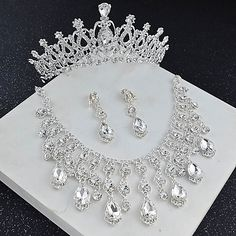 Floral Headband Wedding, Gold Bridal Crowns, Rhinestone Wedding, Crystal Wedding, Rhinestone Jewelry, Bridal Jewelry Sets, Wedding Hair Accessories, Wedding Jewelry, Crown Earrings