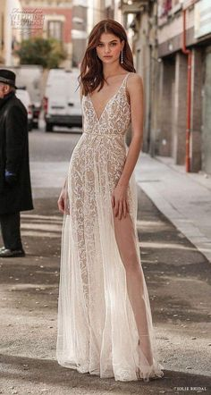 Slit Wedding Dress, Sexy Wedding Dresses, Designer Wedding Dresses, Wedding Gowns, Prom Dresses, Sexy Gown, Sparkle Wedding, Bridal Fashion Week, Bridal Collection