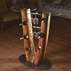 Another creative wine bar, in cooperation with our friends from Woodtallica. Wood Art, Salvaged Wood, Wine, Creative, Lamps, Boards, Friends, Design, Table