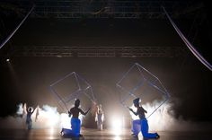 Big juggling cubes spin above the heads of acrobats. This performance fills up even huge spaces and evokes the feeling of airiness and freedom. Feeling of airi Circus Acts, Live Music, Cubes, Spin, Acting, Freedom, Spaces, Feelings, Concert