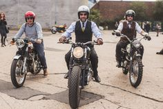 London Distinguished Gentleman's Ride 2015 #motorcycleculture #culturamotera | caferacerpasion.com