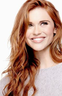 Holland Roden from Teen Wolf Hair Color Highlights, Red Hair Color, Cool Hair Color, Red Colour, Auburn Hair, Beautiful Redhead, Beautiful Mind, Beautiful Images, Red Hair