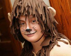 Animal faces as Halloween make-up ideas Lion Makeup, Bear Makeup, Animal Face Paintings, Animal Faces, Bear Face Paint, Halloween Make Up, Halloween Face Makeup, Halloween 2019, I Heart Makeup