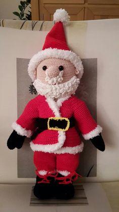 Na Sint komt de Kerstman! Leuk haakproject. Patroon van facebook 'Peggy's amigurumi'.