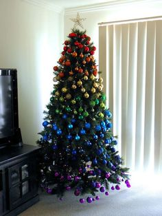 100 Festive Christmas Tree Ideas that'll make the Christmas Cheer even more Vibrant - Hike n Dip Rainbow Christmas Tree, Blue Christmas Decor, Beautiful Christmas Trees, Christmas Tree Themes, Xmas Tree, Christmas Tree Decorations, Christmas Time, Christmas Crafts, White Christmas