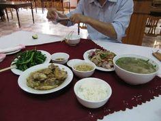 Herkkuja ja erikoisuuksia - vietnamilaista lähiruokaa -