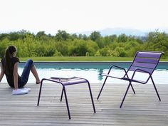 With a wide range of styles and colors, Fermob furniture brings real joie de vivre to outdoor living. It draws you outside to sit back, relax and enjoy nature.