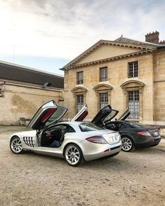 SLR McLaren #Mercedes #SLR #Cars - www.richieast.com #mercedesclassiccars #McLarenCar