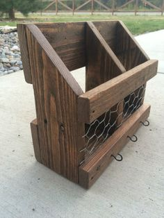 New Pallet Ideas, Wooden Pallet Projects, Pallet Crafts, Woodworking Projects Diy, Wood Crafts, Woodworking Plans, Wood Ideas, Woodworking Furniture, Diy Crafts