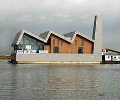 Coolest Floating Restaurants: De Limonadefabriek, Netherlands