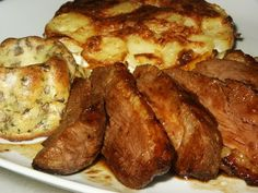 J'ai mangé ce plat il y a très longtemps chez une tante, mon mari a adoré et moi aussi. Mais je n'ai jamais retrouvé cette recette. Jusqu'au jour où me promenant chez Choupette je suis tombée sur « la recette » . Ni une ni deux je me lance j'ai juste...