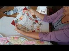 TensistersTV demos Double Wedding Ring by Quiltsmart - YouTube