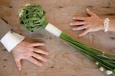 My dream bouquet >>> green-bridal-bouquet-fashionbride.wordpress.com.jpg 500×332 pixels