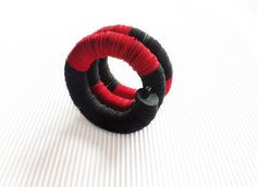 Paper Bracelet, Paper jewelry, Bracelet made with black and red paper, Christmas gift, snake shape bracelet